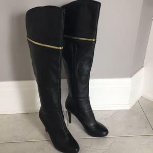Bar lll barely worn dress boot